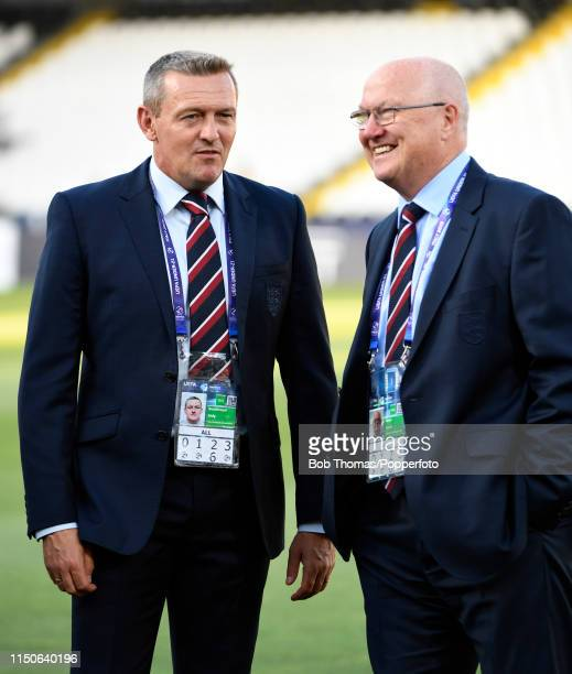 English FA technical director Leslie Reed with England coach Andy Boothroyd before the 2019 UEFA U21 Championship Group C match between England and...