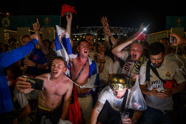 ITA: Football Fans In Rome Watch England Play Ukraine In UEFA Euro 2020 Match