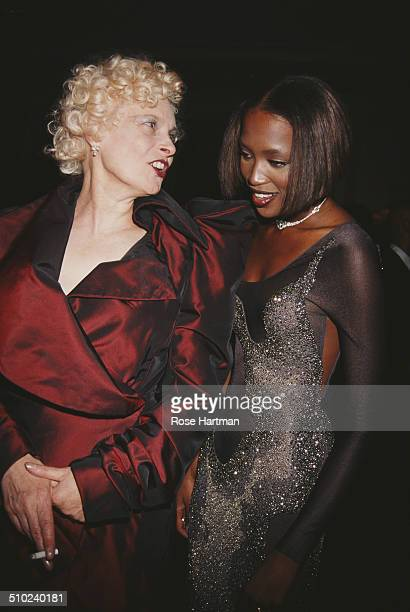 232 Naomi Campbell Vivienne Westwood Photos And Premium High Res Pictures Getty Images