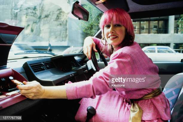 English fashion designer Zandra Rhodes launches the Zandra Rhodes limited edition of 50 pink designer Renault 5 cars, UK, 22nd October 1985.