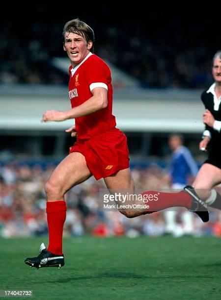 English Football League Division One, Birmingham City v Liverpool, Kenny Dalglish.