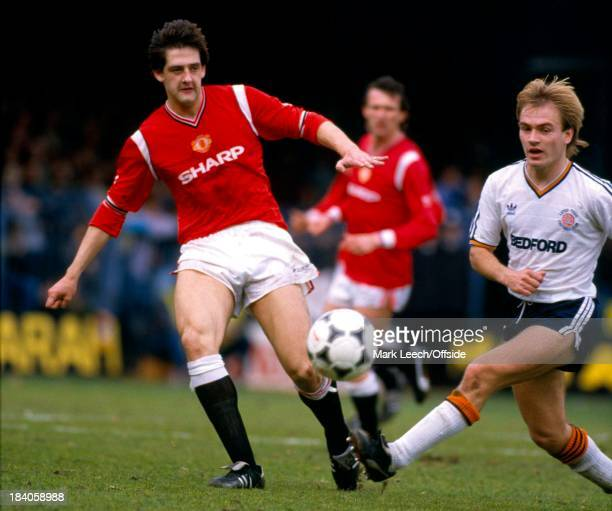English Football League Division One Luton Town v Manchester United Graeme Hogg of United and David Preece