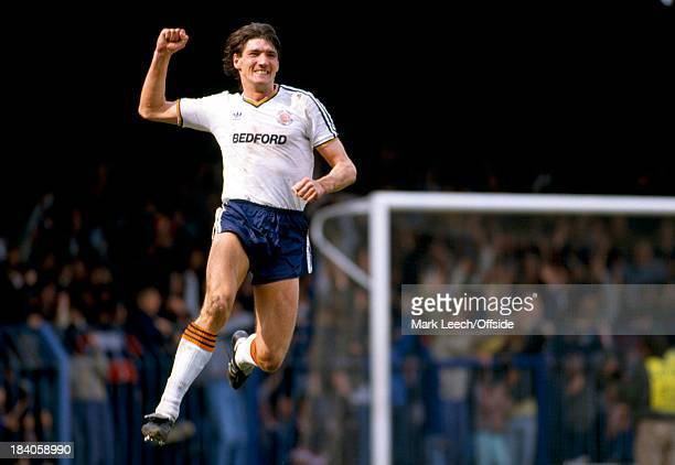 English Football League Division One Luton Town v Manchester United Mick Harford leaps for joy as he celebrates his goal for Town