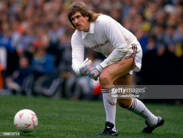 English Football League Division One Norwich City v West Ham United West Ham goalkeeper Phil Parkes rolls the ball out