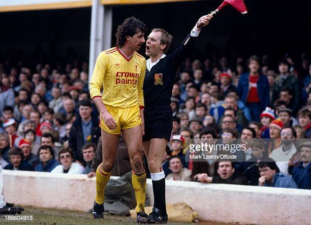 English Football League Division One Southampton v Liverpool Mark Lawrenson argues with the linesman about his decision