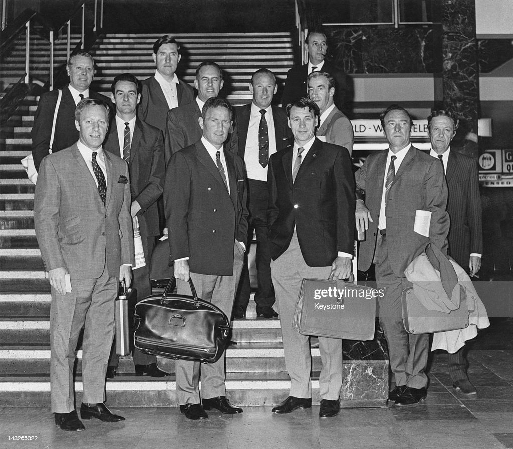 English football managers at London Airport (now Heathrow) on their way to the World Cup in Mexico, 1st June 1970. At front, centre are Dave Sexton (left) and Bobby Robson (1933 - 2009). Bertie Mee (1918 - 2001) is at centre, back. Peter Taylor is at back, far left and Frank O'Farrell is at back, third from left.