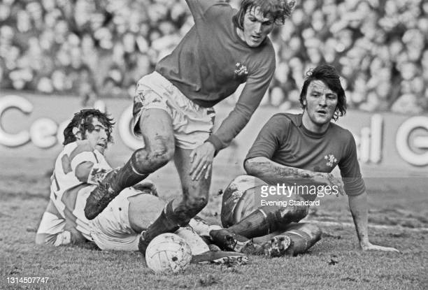 English footballer Gary Locke of Chelsea FC during an FA Cup 3rd round replay against Queens Park Rangers at Loftus Road in London, UK, 15th January...