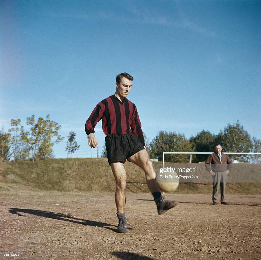 Jimmy Greaves Of AC Milan : News Photo