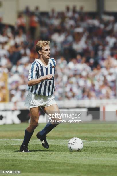 English footballer Kevin Richardson, midfielder with Real Sociedad, pictured in action with the ball during a 1990-91 La Liga match in Spain circa...