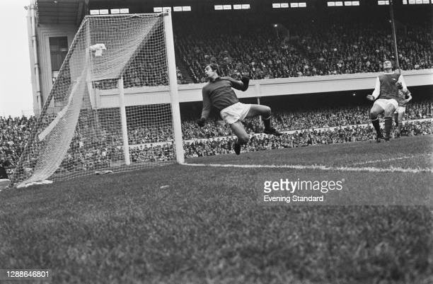 English footballer Peter Shilton of Leicester City FC during a match against Arsenal at Highbury, London, UK, 25th September 1971.