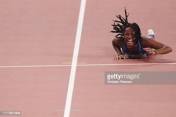 English Gardner of the United States reacts to an injury during the Women's 100 Metres semifinal during day three of 17th IAAF World Athletics...
