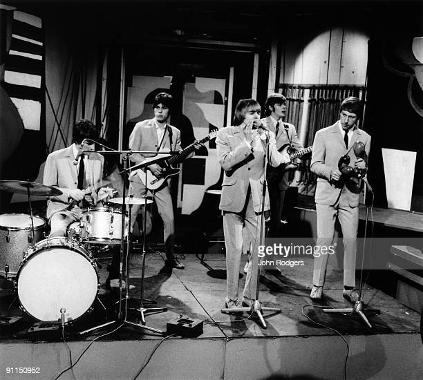 GO Photo of YARDBIRDS and Jim McCARTY and Jeff BECK and Keith REIF and Paul SAMWELL SMITH and Chris DREJA Group performing on tv show LR Jim McCarty...