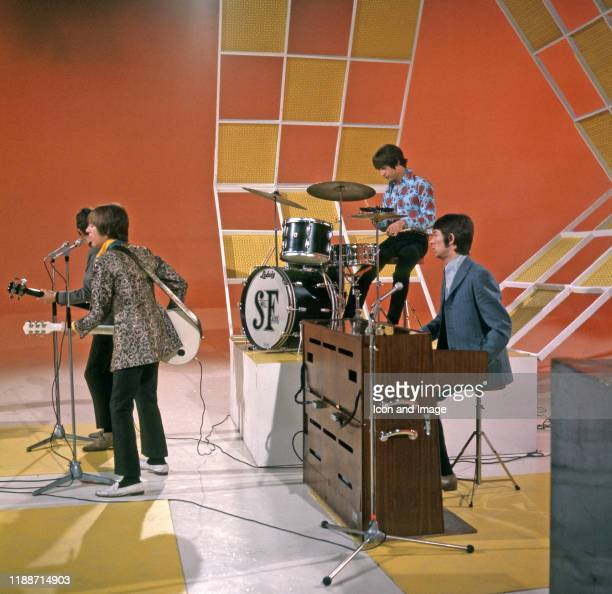 English guitarist, songwriter and frontman Steve Marriott , English musician, songwriter and producer Ronnie Lane , English drummer Kenney Jones, and...