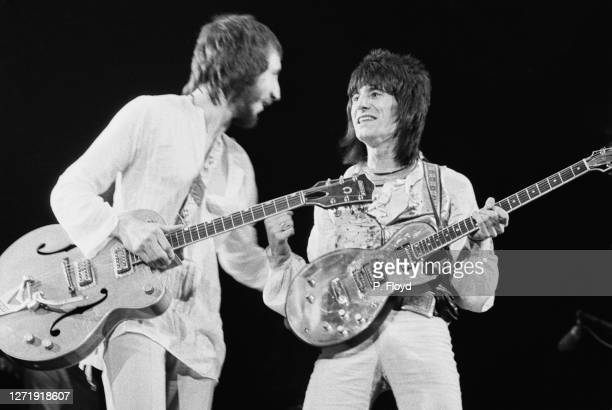 English guitarists Pete Townshend and Ronnie Wood appear in Eric Clapton's Rainbow Concert at the Rainbow Theatre, London, 13th January 1973....