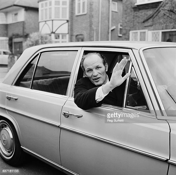 English heavyweight boxer Henry Cooper at home UK 17th April 1971