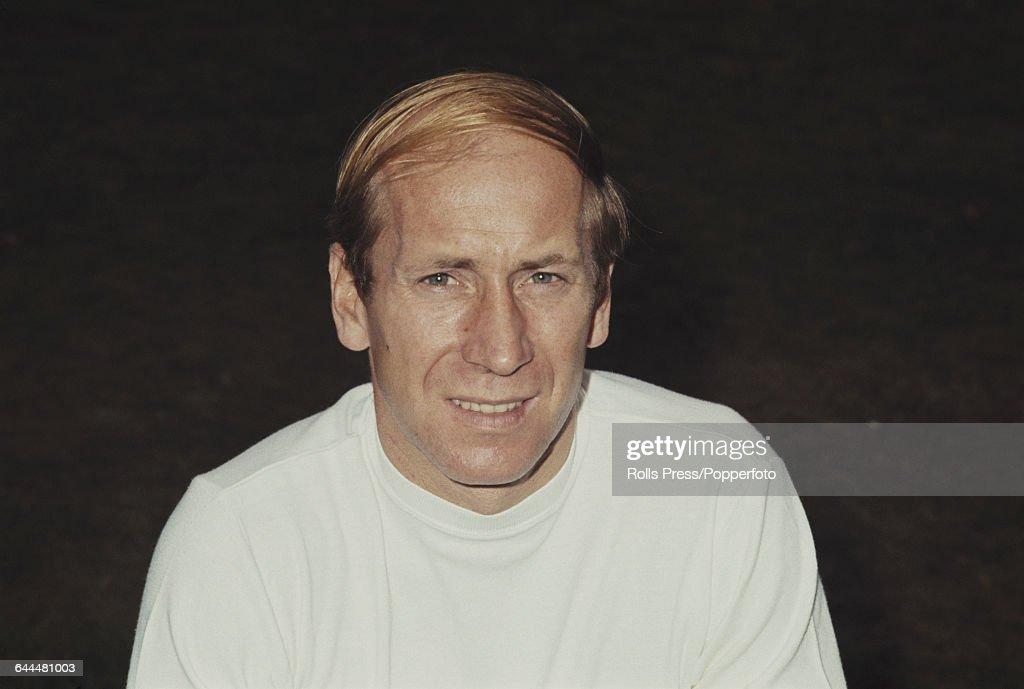 Bobby Charlton In England Kit : News Photo