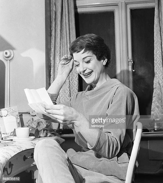 """English jazz singer and actress Annie Ross, who appears in the show """"Cranks"""", in her dressing room at St Martins Theatre in West London before going..."""