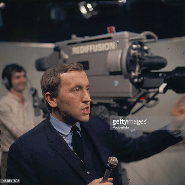1968 English journalist and broadcaster David Frost conducts an interview on The Frost Programme for Rediffusion in 1968