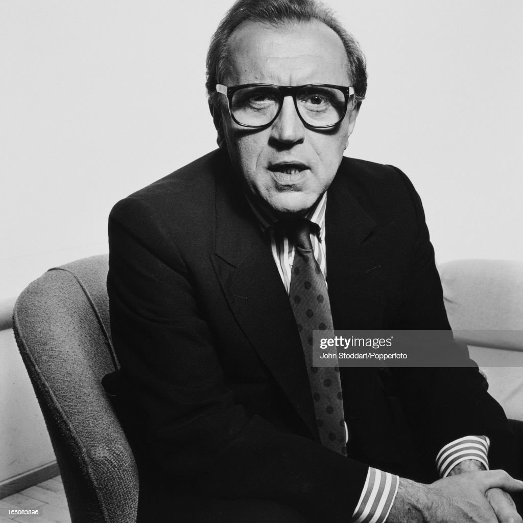 English journalist and broadcaster David Frost, posed in 1992.