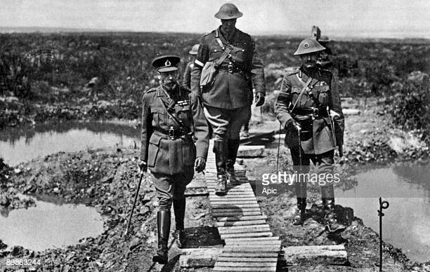 English king George V with Sir Arthur Currie commander of the Canadian Coprs and General Henry Horne 1st army in 1917 at Vimy ridge
