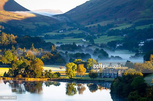 english lake district: grasmere sunrise - lake district stockfoto's en -beelden