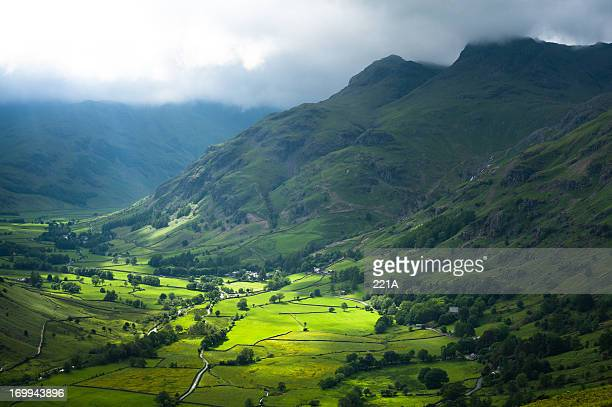 english lake district: great langdale - june stock pictures, royalty-free photos & images