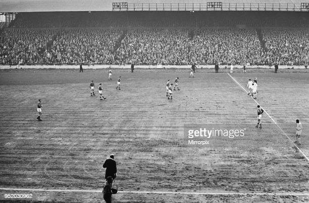 English League Division One match at Elland Road Leeds United 4 v Everton 1 View of the muddy pitch as the match kicks off at Elland Road 16th April...