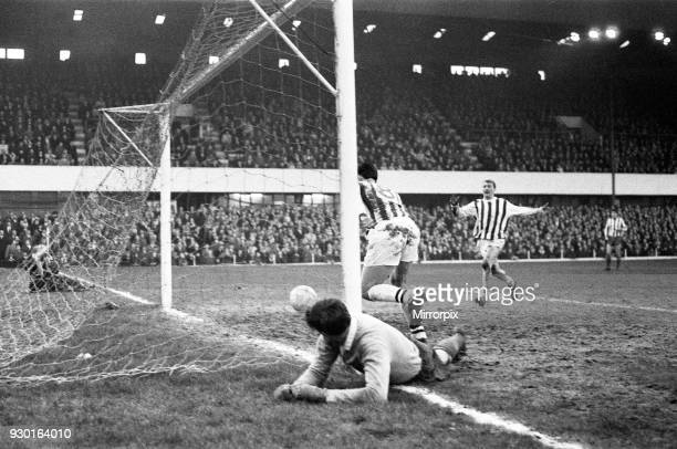 English League Division One match at the Victoria Ground Stoke City 1 v West Bromwich Albion 1 Jeff Astle grabs the equaliser for Albion and awaits...