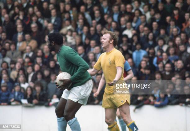 English League Division One match at Upton Park West Ham United 1 v Leeds United 1 West Ham's Clyde Best in goal with Billy Bremner standing behind...