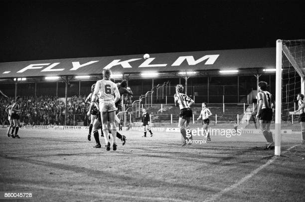 English League Division Three match held at Griffin Park, Brentford 1 -2 Reading, 17th September 1985.English League Division Three match held at...