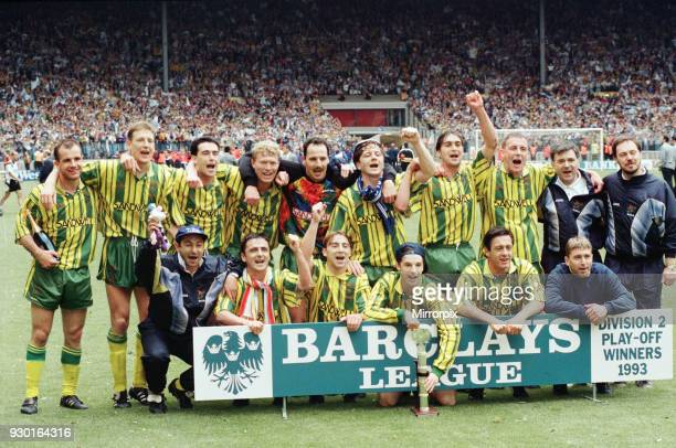 English League Division Two Play Off Final at Wembley Stadium West Bromwich Albion 3 v Port Vale 0 The victorious West Brom team celebrate with the...