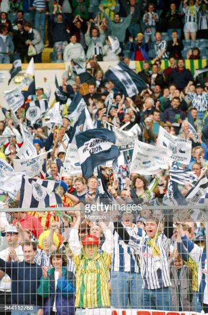 English League Division Two Play Off Final at Wembley Stadium West Bromwich Albion 3 v Port Vale 0 West Brom supporters in happy mood 30th May 1993