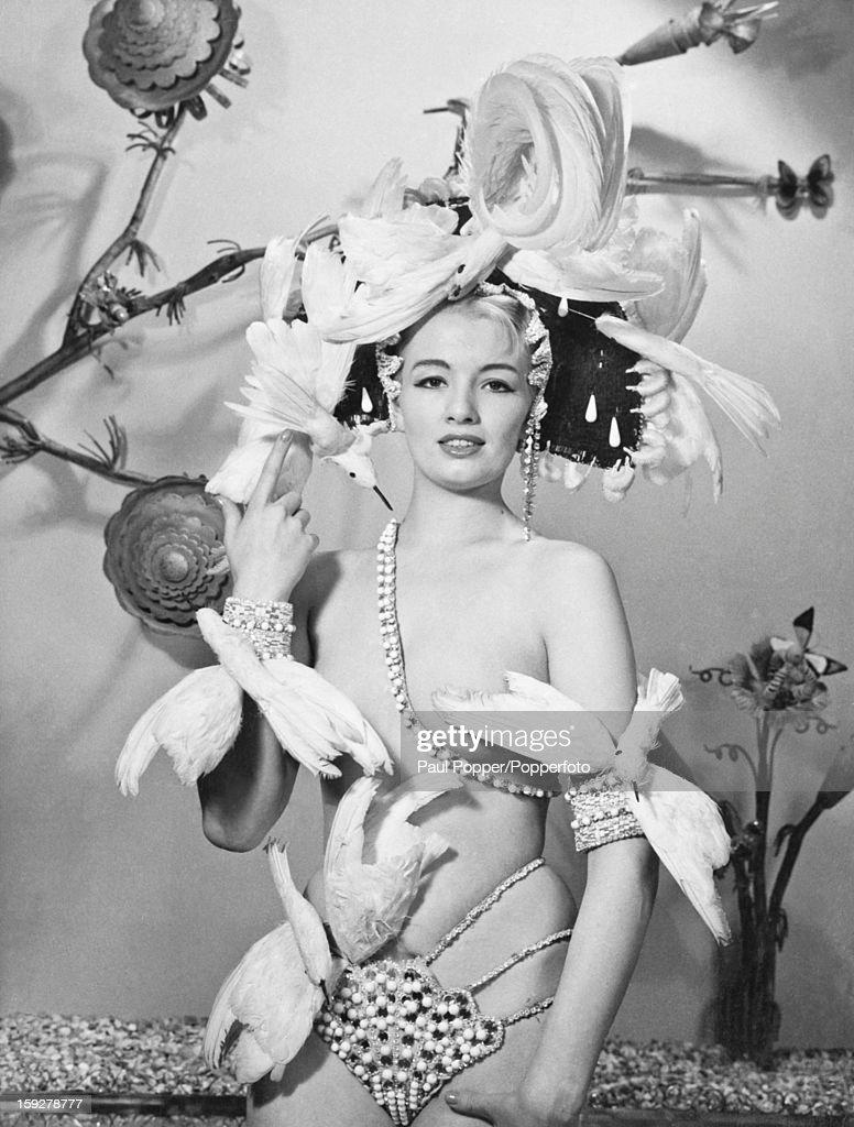 Keeler As Showgirl : News Photo