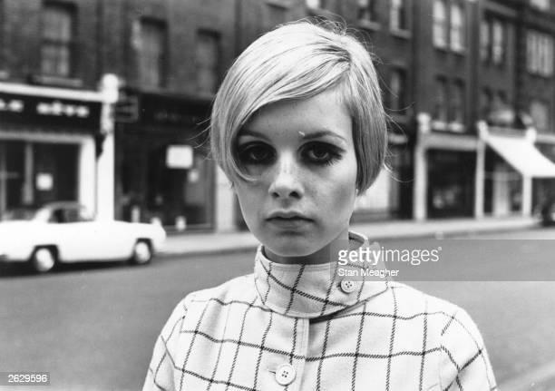 English model Twiggy, originally Lesley Hornby, in a London street.