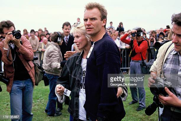 English musician and singer Sting and his wife Trudie Styler attend the Sport Aid charity run on May 25 1986 in London England Sport Aid raised money...