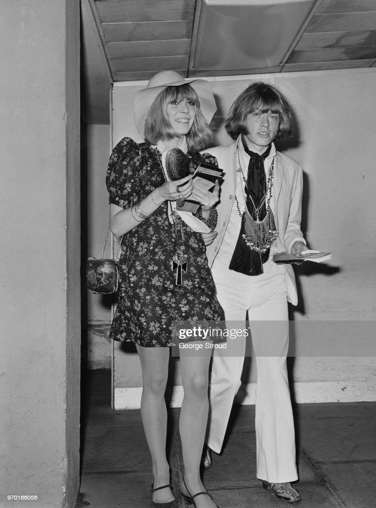 Brian Jones and Anita Pallenberg : News Photo