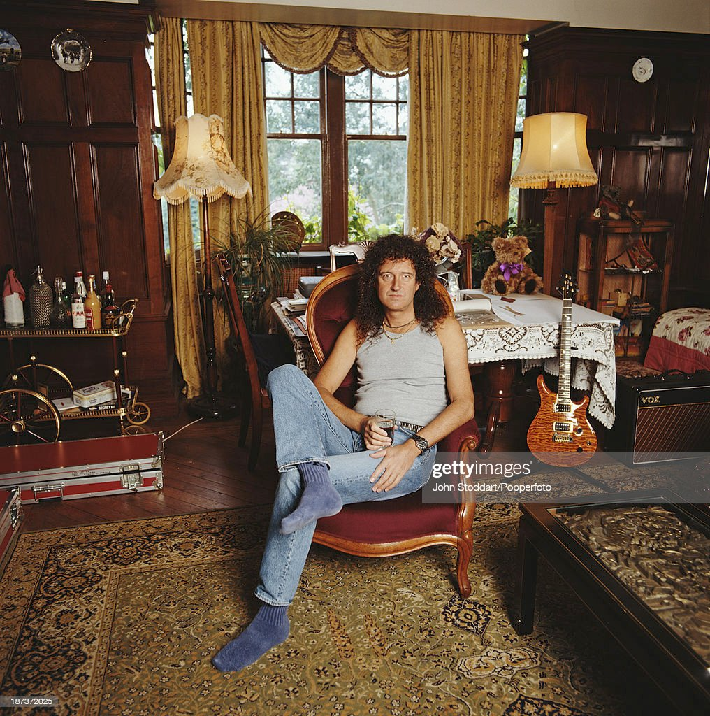 English musician, singer, and songwriter Brian May, circa 1997.