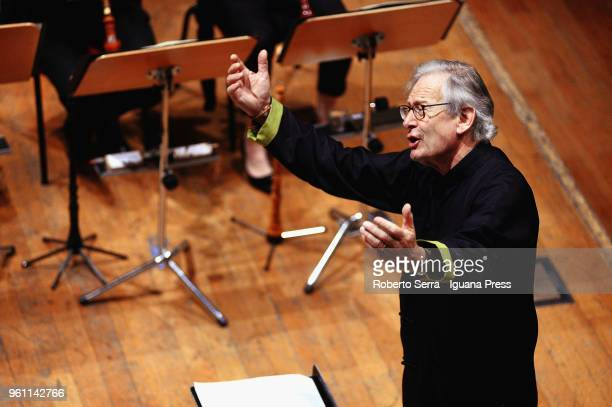 23 Eliot Gardiner Conducts The English Baroque Soloists And
