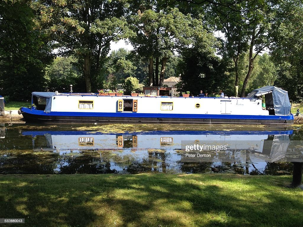 English narrow boat home on Leeds and Liverpool canal