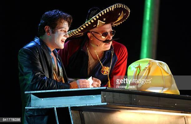 english national opera production of don giovanni - robbie jack stock-fotos und bilder