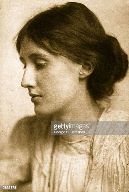 English novelist and critic Virginia Woolf