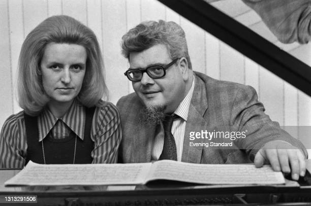 English pianist and composer John Ogdon with his wife Brenda Lucas Ogdon, UK, 26th November 1973.