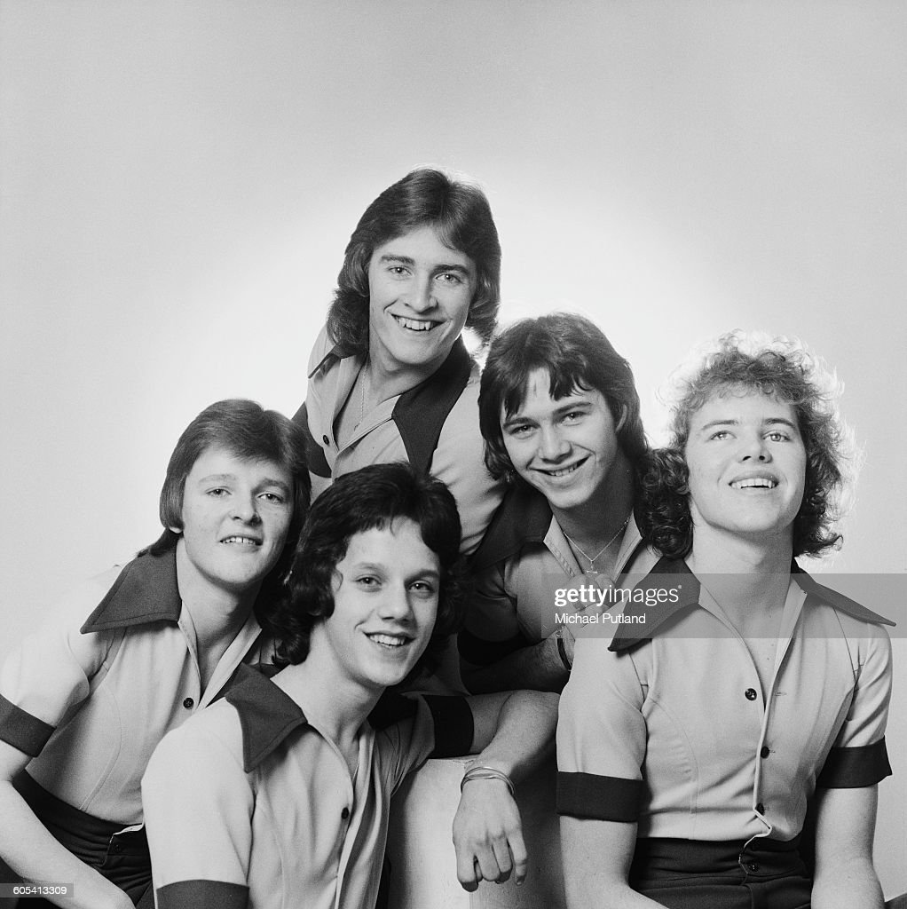 English pop group Stevenson's Rocket, December 1975. Clockwise, from far left: singer Kevin Harris, keyboard player Dave Reid, bassist Allan Twigg, guitarist Mick Crowshaw and drummer Steve Bray.