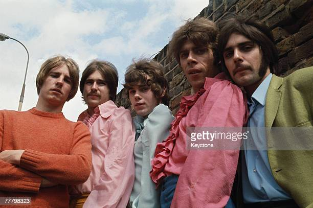 English pop group The Status Quo circa 1968 Left to right guitarist Rick Parfitt guitarist Francis Rossi bassist Alan Lancaster keyboard player Roy...