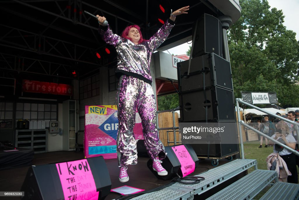 Girli performs at APE Presents festival : News Photo