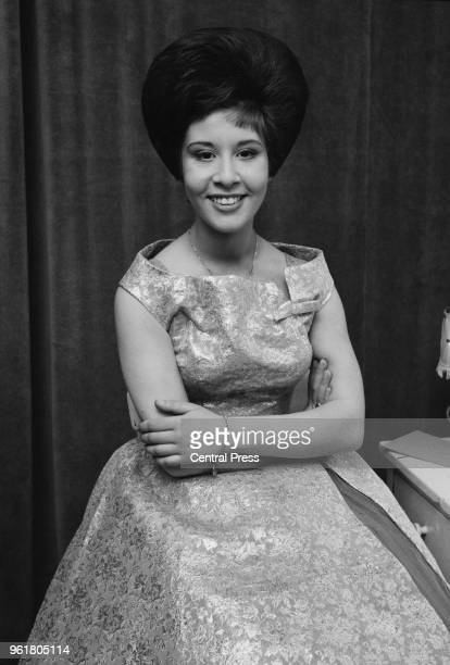 English pop singer Helen Shapiro at the London Palladium after appearing on the televised show 'Sunday Night at the London Palladium' 28th January...