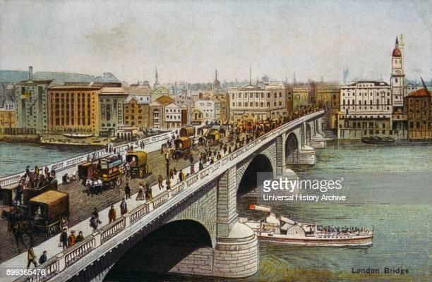English postcard depicting London Bridge London showing horse drawn carriages 1900