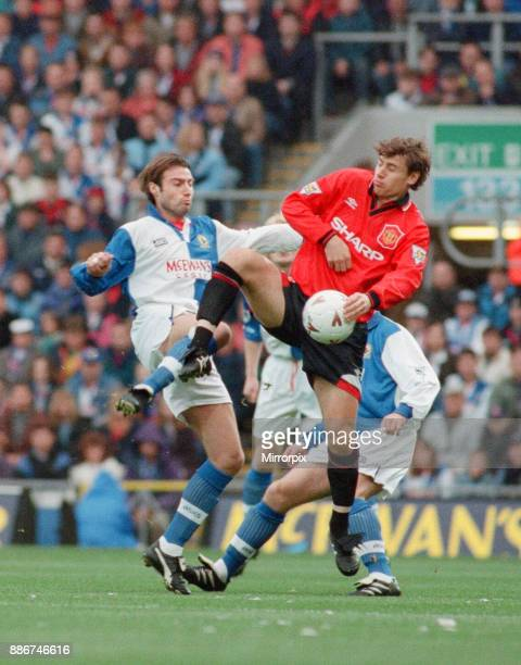 English Premier League match at Ewood Park Blackburn Rovers 2 v Manchester United 4 Andrei Kanchelskis battles for the ball with Paul Warhurst 22nd...