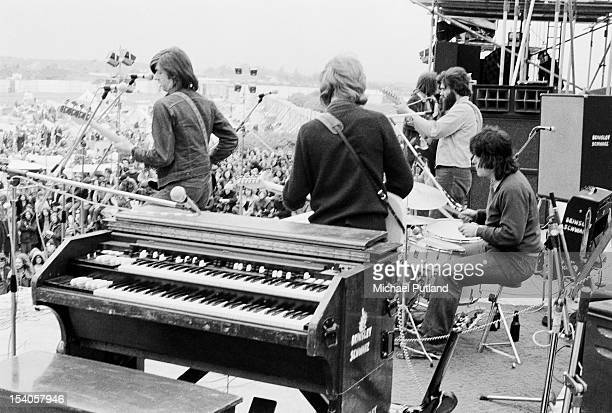 English pub rock band Brinsley Schwarz performing at the Bickershaw Festival in Greater Manchester, May 1972.