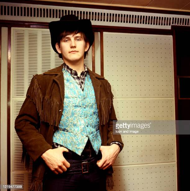 English rock and pop singer Wayne Fontana poses for a portrait circa 1966 in London England